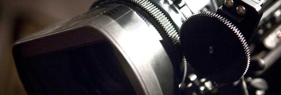 close up on video camera pull focus gears
