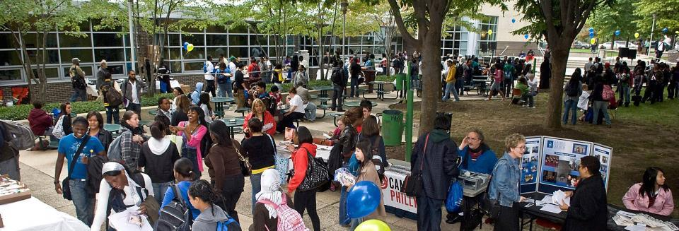 Spring Fling Festival students gathering